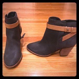 Brand New Dolce Vita Black and Tan booties. Size 8